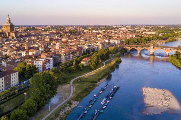 Pavia, Borgo Zelata, ponte coperto